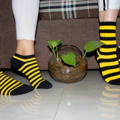 جوراب طرح زنبوری راه راه