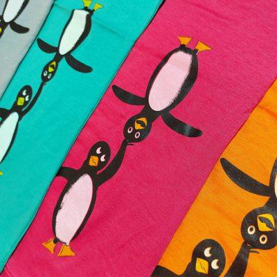 ۲۰۲۱۰۷۳۱ ۱۶۱۹۴۱ 400x400 - تیشرت چاپ پنگوئن و دست